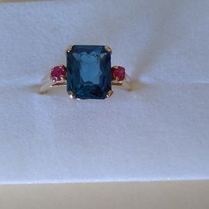 14k YG Sapphire and Ruby Ring Size 8